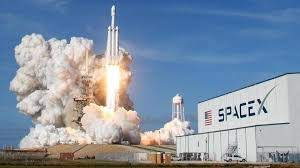 What is Elon Musks SpaceX?